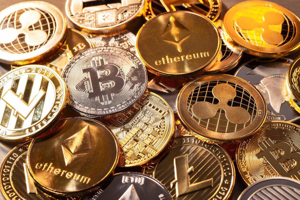 Криптоэксперты назвали самые перспективные альткоины 2019 года